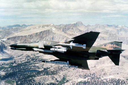 Flying the F-4 Phantom Over Vietnam – a talk by Colonel Rich Graham