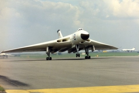 Vulcan B1s of 83 Squadron get airborne at RAF Waddington. (Crown Copyright)
